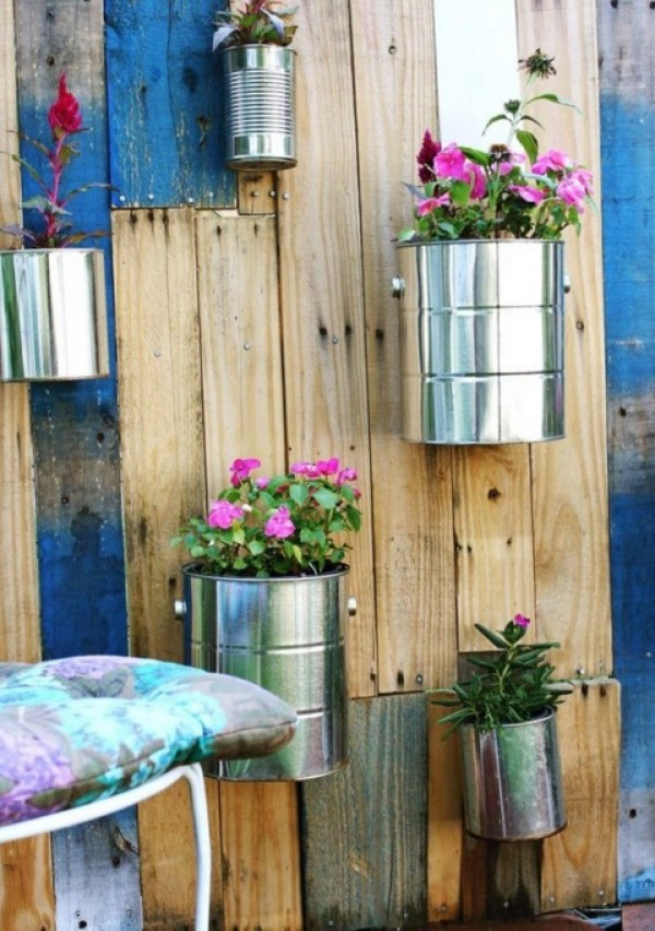 Ten Amazing Things You Can Do With Empty Food Tins