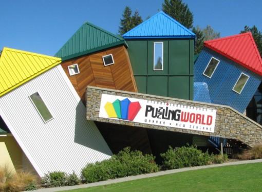 Stuart Landsborough's Puzzling World