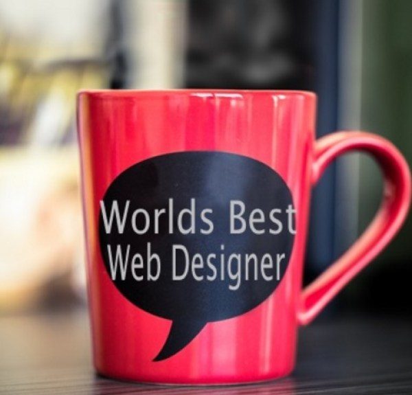 To Become a Blogger You Need to be a Web Designer