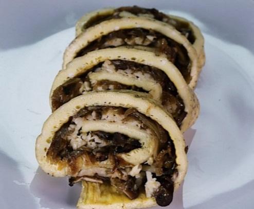 Caramelized Onion and Mushroom Datemaki