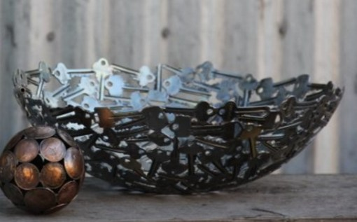 Old Keys Transformed Into a Fruit Bowl