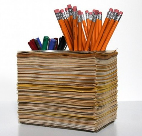 Old Magazines Used To Make a Stationery Holder