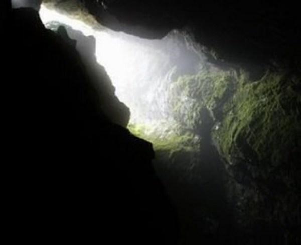 Devil's Throat Cave, Yagodina