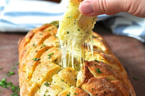 Top 10 Easy to Share Pull-Apart Bread Recipes