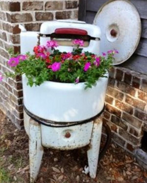 Vintage Washine Machine Turned Into a Planter