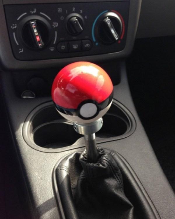 Pokéball Gear Shift Knob