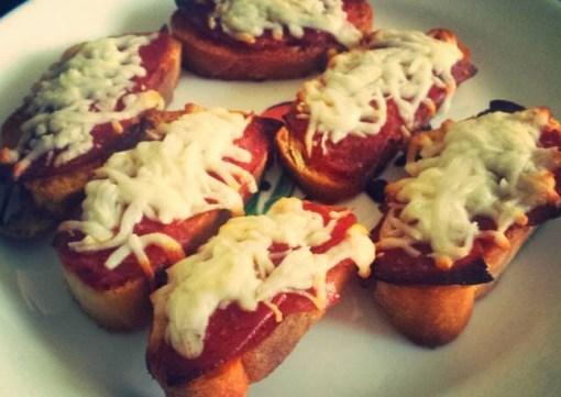 Pepperoni Pizza Crostini