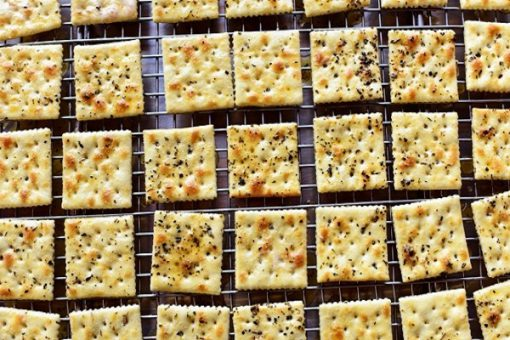 Top 10 Ways to Make Your Own Crackers at Home