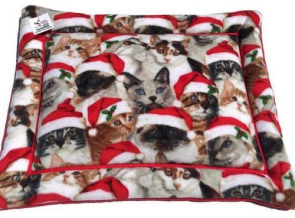 Cats in Santa Hats Pet Mat