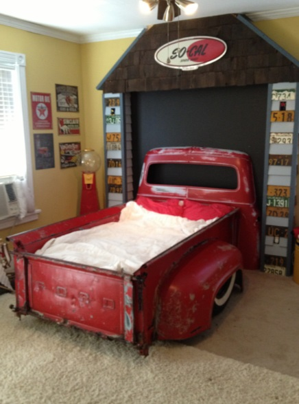 Repurposed Vintage Truck Made into a Bed