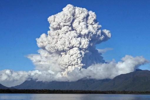 Guallatiri Volcano, Argentina