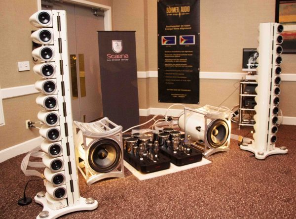 Scaena Iso-Linear Speaker Array