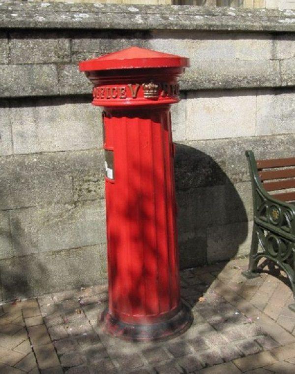 Pillar Box in Market Place, Oxfordshire