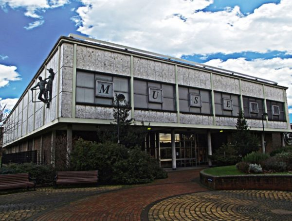 Doncaster Museum and Art Gallery, Doncaster