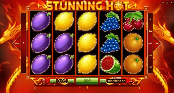 Play Now: Stunning Hot