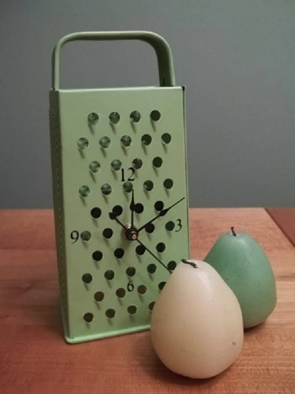 Cheese Grater Turned into a Table Clock