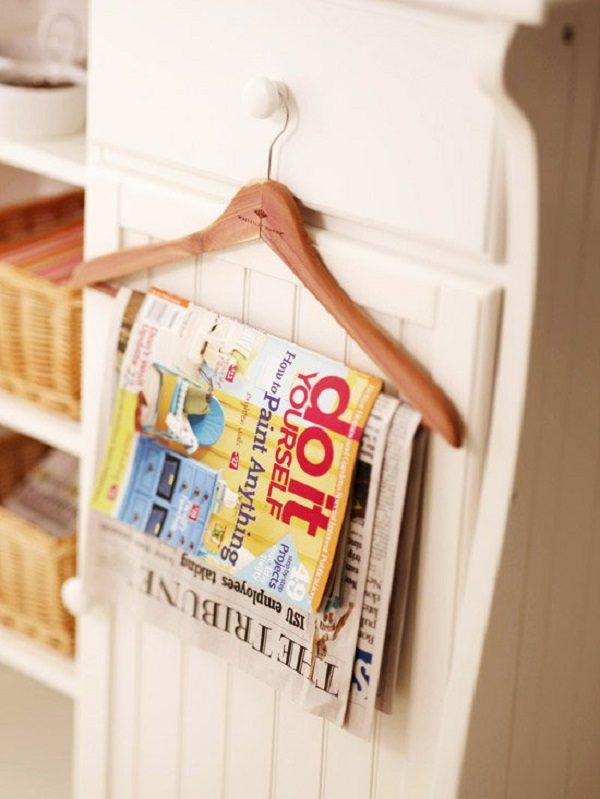 Old Clothes Hanger Used to Make a Magazine Hanger