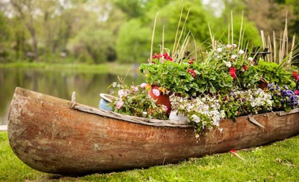 Canoe/Kayak Used to make a garden planter
