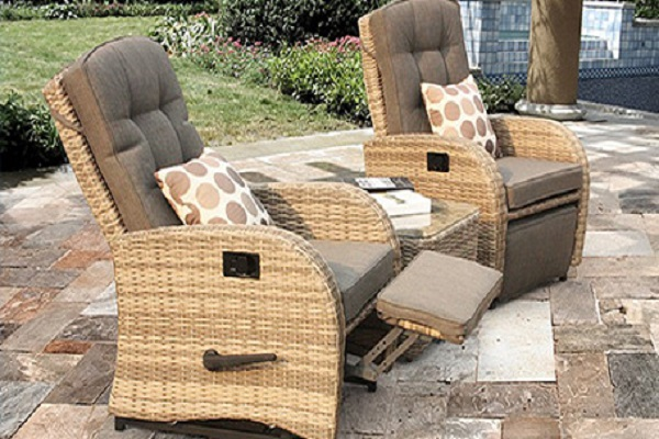 Reclining Bistro Rattan Garden Furniture Set