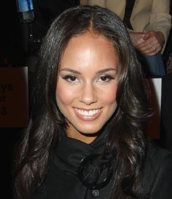 Famous Aquarius Women - Alicia Keys
