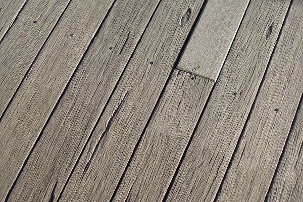 Keep your Decking, Pool or Patios free from debris