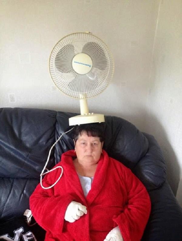 Fan on Nan's Head