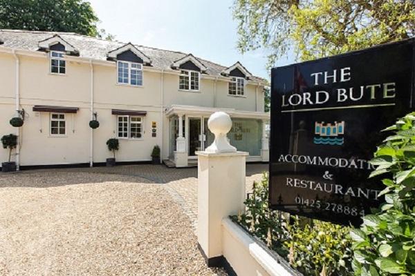 Lord Bute Hotel & Restaurant, Highcliffe, Christchurch