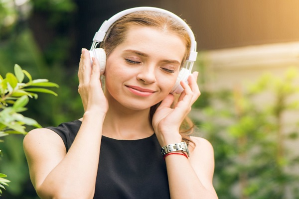 Ten Things to Do When You Are Feeling Depressed - Listen to Music