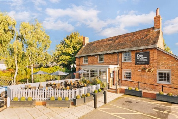 The Knife & Cleaver, The Grove, Houghton Conquest