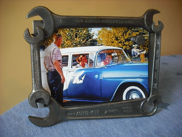 A Picture Frame Made From a Recycled Spanners