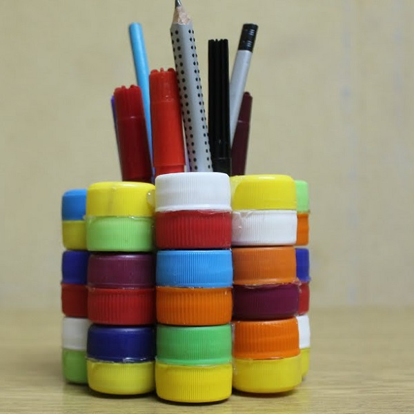 A Stationery Holder Made From Bottle Caps