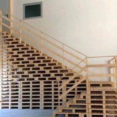 Ten Amazing Staircases Made From Recycled Things