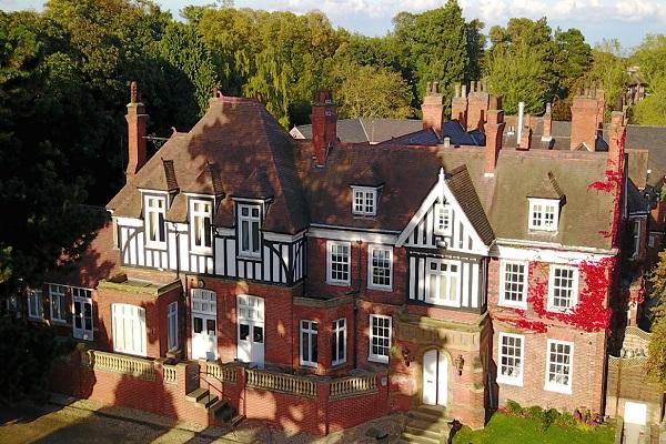Healing Manor Hotel, Healing, Grimsby