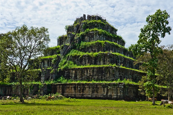 The Koh Ker Pyramid
