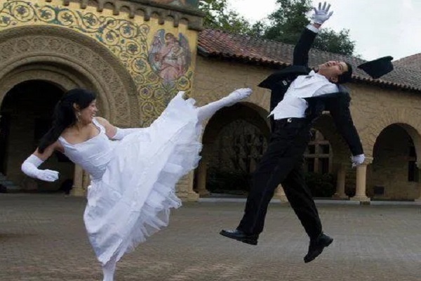 Ten of The Most Bizarre Things That Happened At Weddings
