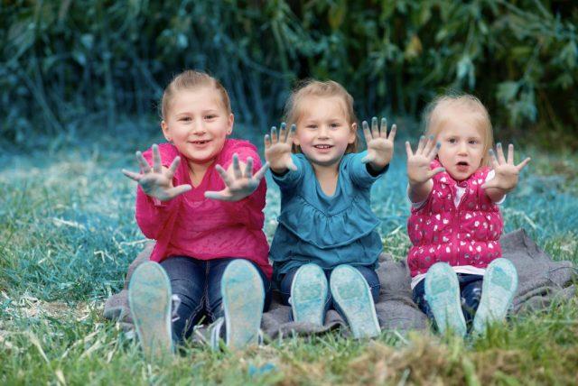 Baby Vetetoe Big Sisters