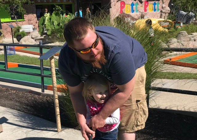Daddy Daughter Putt-Putt