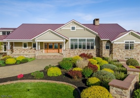 506 MOUNTAIN VIEW ROAD, Franklin Twp., 08802-1056, 5 Bedrooms Bedrooms, ,4.1 BathroomsBathrooms,Residential,For Sale,MOUNTAIN VIEW ROAD,3713992