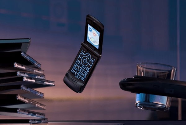 Motorola Announce A Modern Version Of The Razr In This Slick Ad image of Motorola