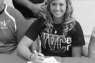 Brooke Childress signing