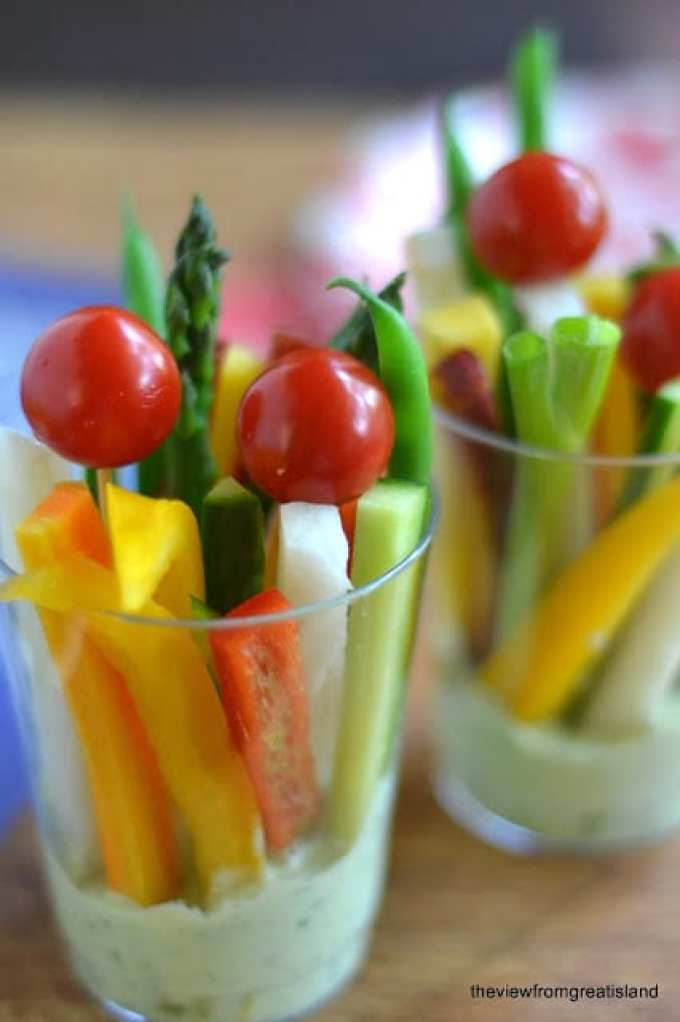 Green Goddess Veggie Dip Cups --- a fun, healthy, portable appetizer --- keep them in the fridge for quick healthy snacks, too
