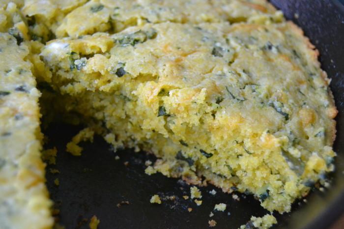 Cheddar Kale Skillet Cornbread 4