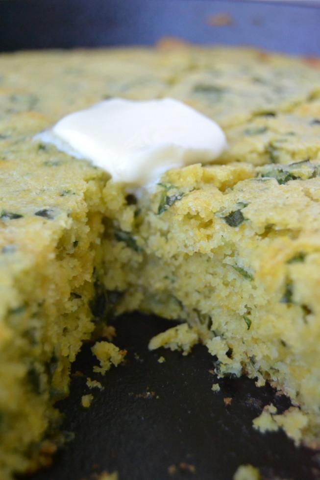 Cheddar Kale Skillet Cornbread