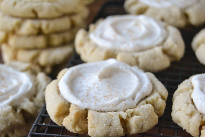 Big and soft Frosted Sugar Cookies