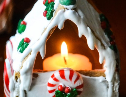Graham Cracker Gingerbread House Votive