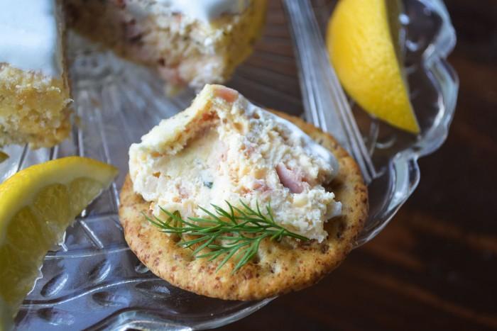 smoked salmon cheesecake with crackers