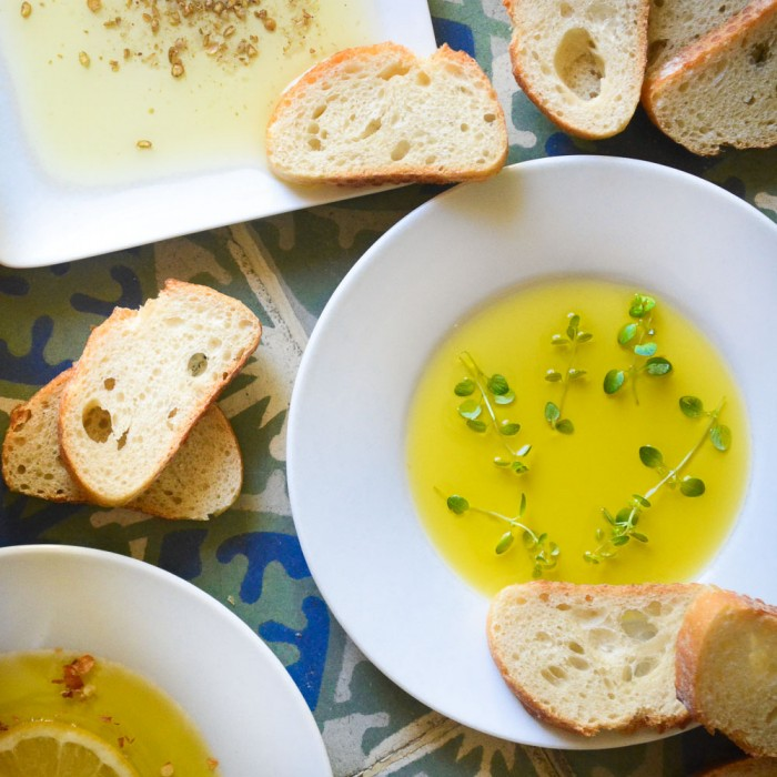 olive oil bread dipping