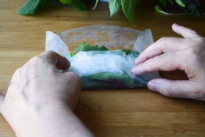 wrapping summer rolls
