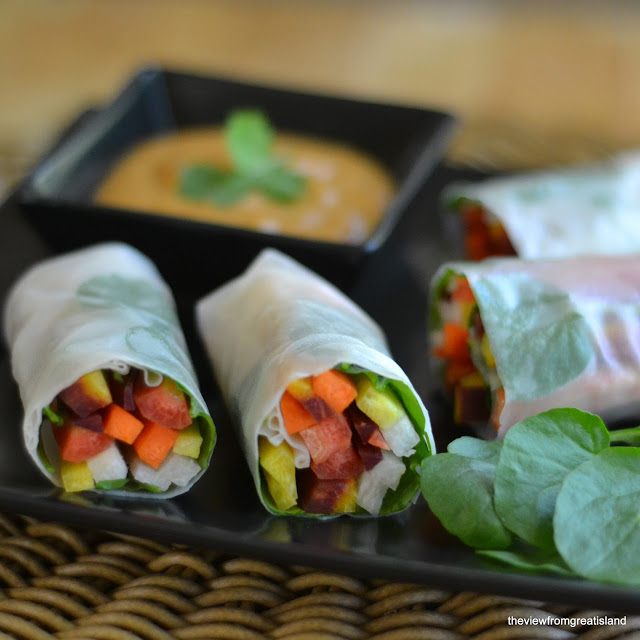 rainbow carrot summer rolls