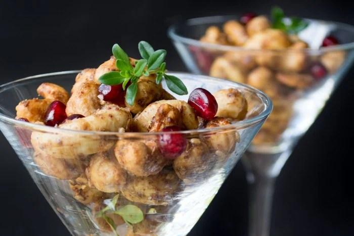 Za'atar Spiced Cashews make the perfect holiday starter!